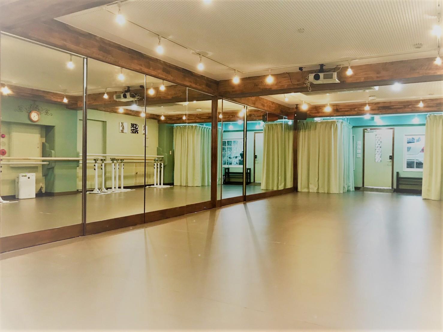 ダンス用 大型連続姿鏡